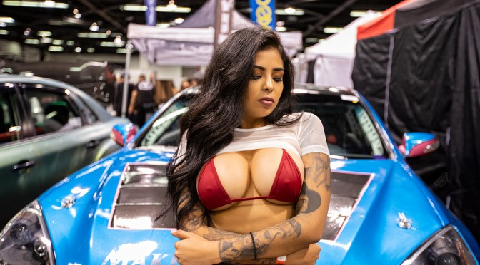 Alee.munster Modeling at spocom Anaheim 2019 at the Klutchwheels booth